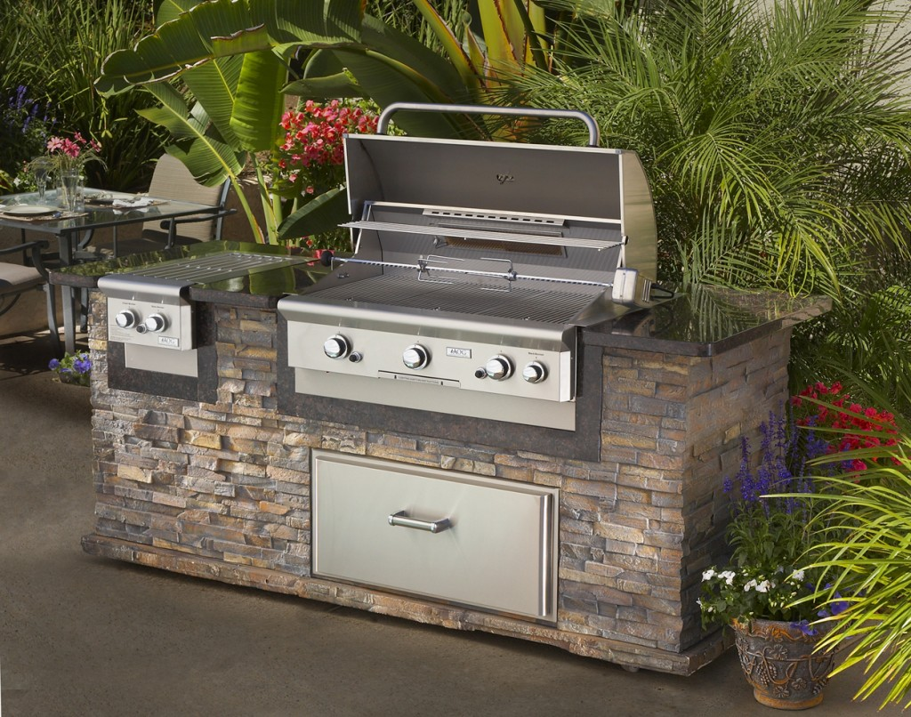 long-island-outdoor-grill-island